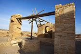 отель amra замок - водяной насос - пустыне замок в иордании — Стоковое фото