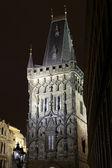 Torre delle polveri Praga di notte — Foto Stock