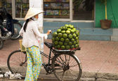 Women Selling Fruit in Vietnam — Стоковое фото