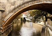 Канал под Карлов мост — Стоковое фото