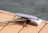 Rope Tied To Boating Dock — Stock Photo