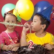 Sibling celebrating birthday 2 — Stock Photo