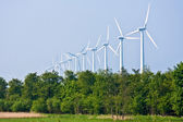 Long row of windmills — Stockfoto