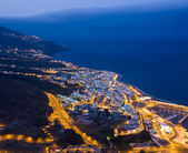 Cityscape of Santa Cruz (La Palma, Spain) at night — Stok fotoğraf