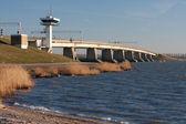 большой железобетонный мост в нидерландах — Стоковое фото