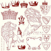Et of lion and crown heraldry — Stock Vector