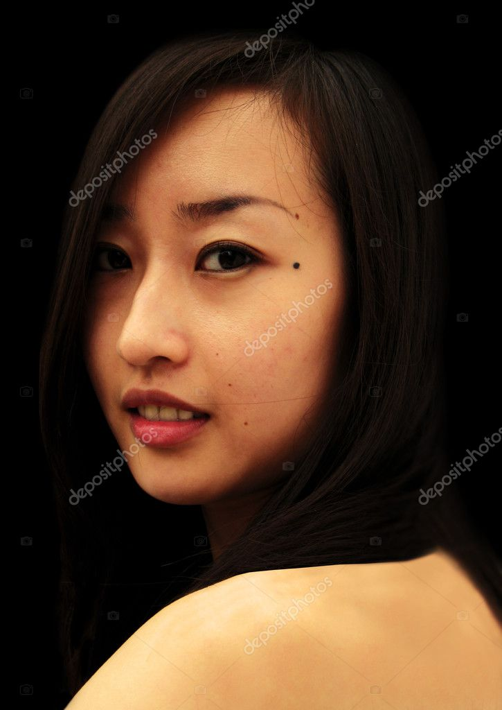 Asian woman on black background — Stock Photo #8099428