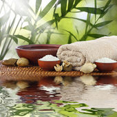 Spa massage aromatherapy setting — 图库照片