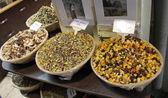 Tea in the historical Arabic Bazar in Jerusalem, Israel. — Stock Photo