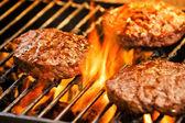Hamburgery z grilla — Zdjęcie stockowe