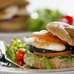 Fresh Vegetarian Sandwich — Stock Photo