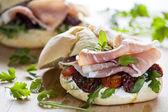 意大利火腿三明治 — 图库照片