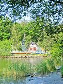 Summer house near a lake — Stock Photo