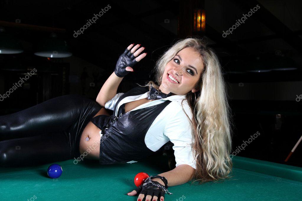 Дівчина + в казино казино прийняти ваш кращий стрілок