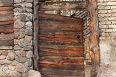 Bramy drewniane — Zdjęcie stockowe