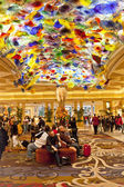 Bellagio's lobby with Artwork of Glass Flowers by Dale Chihuly. — Stock Photo