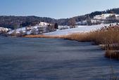 Lago congelado de la thuile, no savoy, França — Fotografia Stock