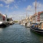 Nyhavn new pear Copenhagen Denmark — Stock Photo #9657714