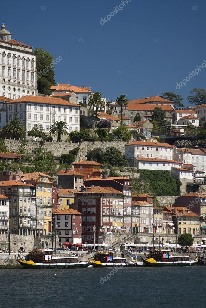 The old city of Oporto,Portugal,Europe — Stock Photo #9816689