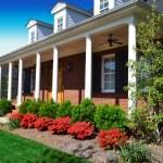 Brand New Suburban American Dream Home — Stock Photo #10493366