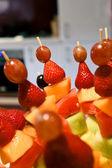 Brochette de fruits — Photo