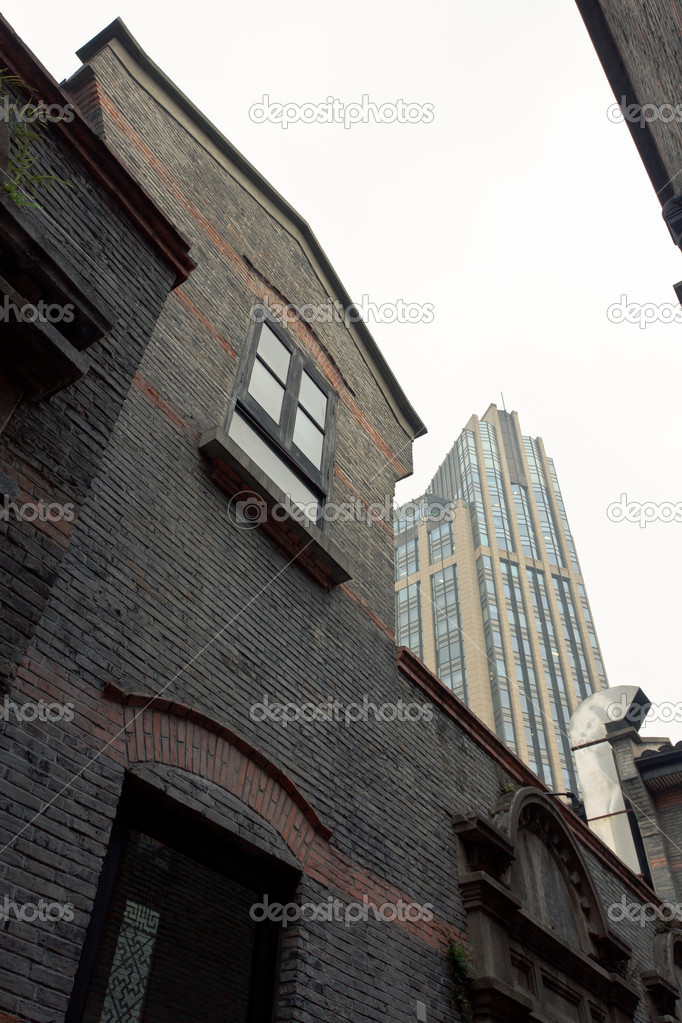 Buildings that resembles Shanghai of the 30s and 40s — Stock Photo #8954867