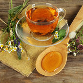Herbal tea and honey — Stock Photo