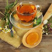 Miele e tè alle erbe — Foto Stock