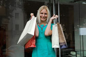 Shopping smile woman — Stok fotoğraf