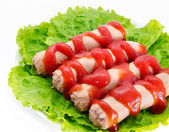 Salchichas con salsa de tomate — Foto de Stock