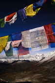 Colorful prayer flags with himalaya mountain landscape — Stock Photo