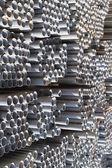 Profile metalowe rury — Zdjęcie stockowe