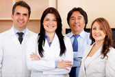 Equipe corporativa no hospital — Fotografia Stock