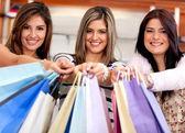 Mujeres de compras — Foto de Stock