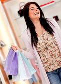 Glad kvinna shopper — Stockfoto