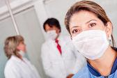 Doctora con máscara — Foto de Stock
