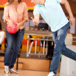 Couple bowling — Stock Photo