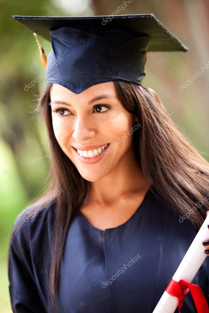 Portrait of a happy graduate female student - graduation concepts — Stock Photo #8954020