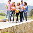 Group of students outdoors — Stockfoto