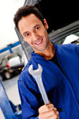 Mechanik s klíčem — Stock fotografie