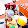 Family going on holidays — Stock Photo