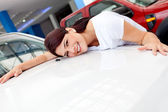 Woman buying a car — Stock Photo