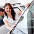 Couple looking at cars — Stock Photo #9415661