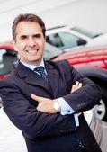 Man buying a car — Stock Photo