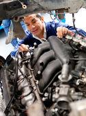 Mechaniker kfz befestigung — Stockfoto