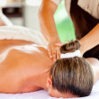 Relaxing massage — Stock Photo