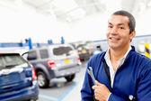 Mechanic at a repair shop — Stock Photo