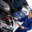 Car mechanic — Stock Photo
