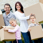 Family moving house — Stock Photo