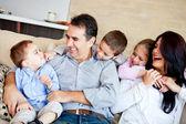 Family smiling — Стоковое фото